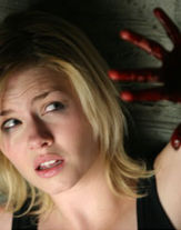 Elisha cuthbert - La ragazza della porta accanto 2004 ...