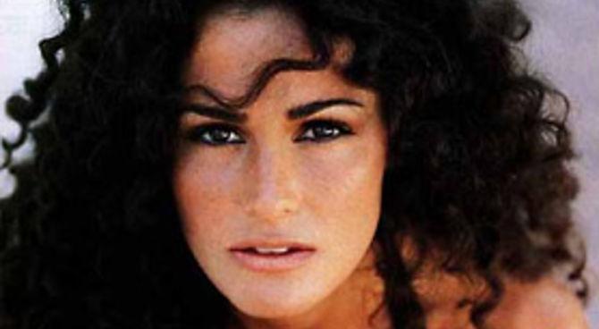 Samantha De Grenet Vince La Causa- Film.it