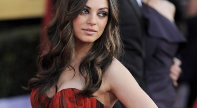 mila kunis nel cast di oz per raimi. Black Bedroom Furniture Sets. Home Design Ideas