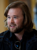 Haley Joel-Osment