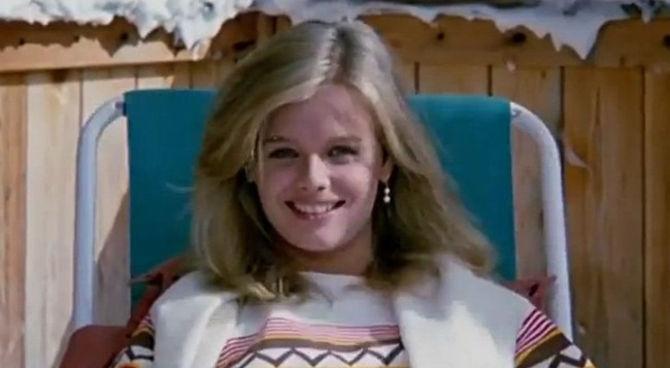 Frasi Del Film Vacanze Di Natale 83.E Morta Karina Huff Star Di Sapore Di Mare E Vacanze Di Natale
