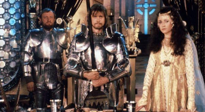 Stasera in tv 10 agosto la spada nella roccia mago merlino e il mito di excalibur - Film sui cavalieri della tavola rotonda ...
