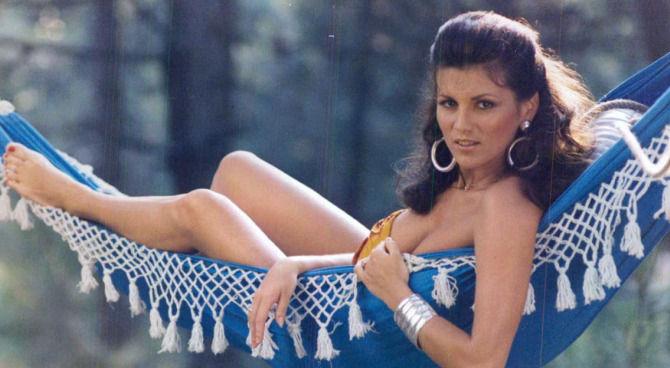 desideri erotici film italiani scene hot